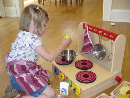 Affordable play kitchen set wooden toys make great green for Small toy kitchen set