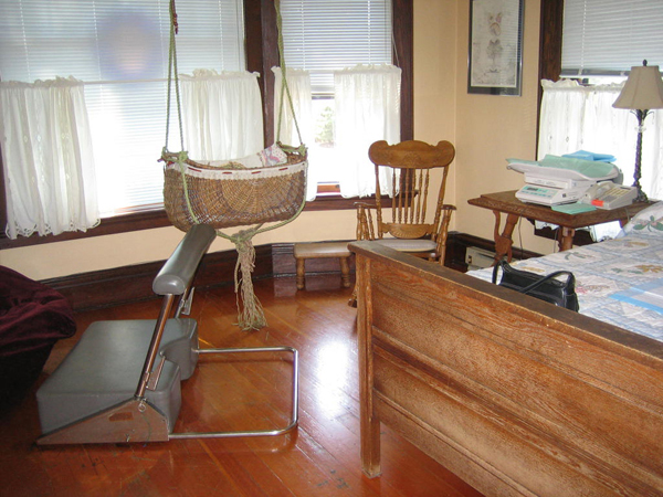 Birthing Department Midwifery-clinic-offers-alternative-to-hospital-birth