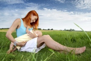 breastfeeding in public green babies