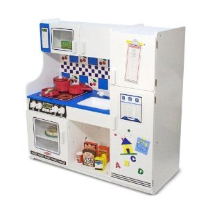 Affordable wooden play kitchens make eco friendly holiday for Kitchen set classic